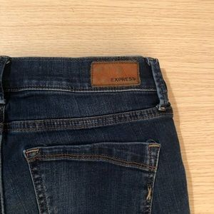 $10 Sale | Express Distressed Jeans